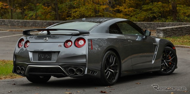 【自動車】日産 GT-R、米国で2018年型…最新コネクト装備して10万ドル切るグレードも YouTube動画>3本 ->画像>26枚