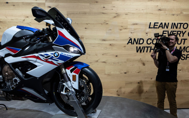 BMW S1000RR新型(EICMA 2018) (c) Getty Images