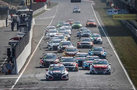 FIA WTCR Race of Netherlandsスタートシーン