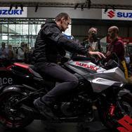 スズキ・カタナ(EICMA 2018) (c) Getty Images