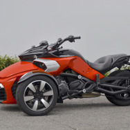 BRP CAN-AM SPYDER メディア向け試乗会にて、Can-Am Spyder F3。